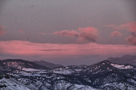 Windy Sunrise (clouds snow sunrise+sunset mountains sky ). Photo by MikePic