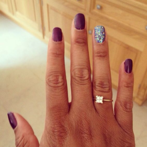Shellac nails with some glitter in my life