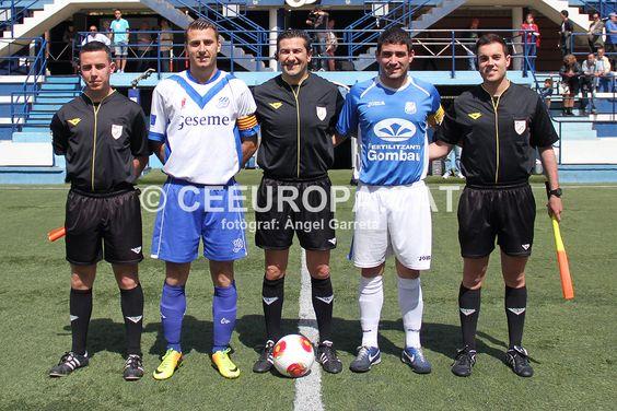 Els capitans Cano i Julio amb la tripleta encapçalada per Francisco Cardosa Montesinos (Figueres).