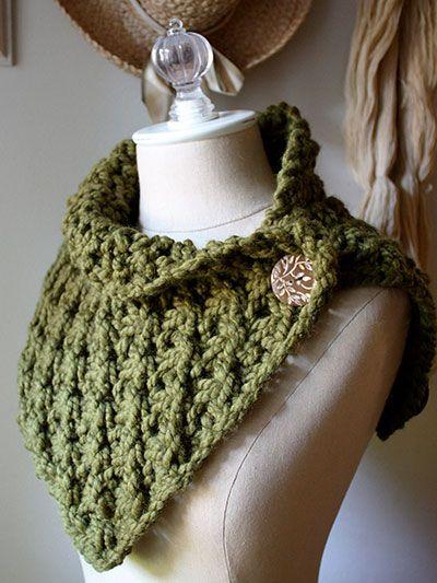 Knit Cowl Pattern Super Bulky Yarn : Knitting pattern for Asterisque Cowl neck warmer in super bulky yarn. Looks l...