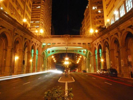 Viaduto Otávio Rocha em Porto Alegre/RS Brasil