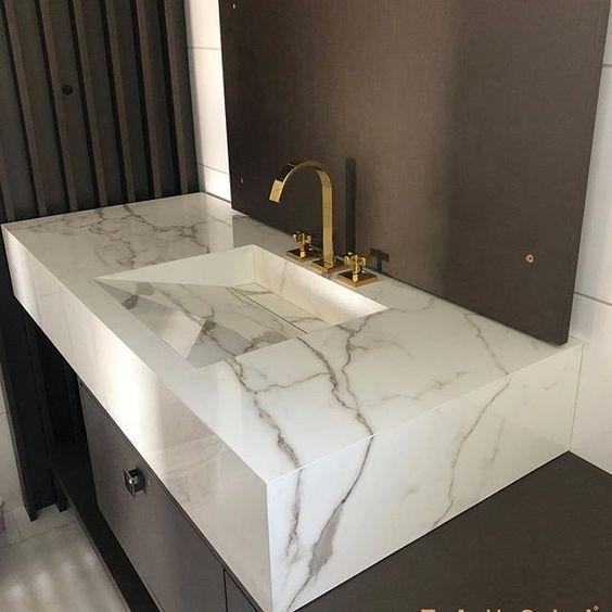 Pia de mármore no lavabo neutro #piademármore #piademármorebanheiro #piademármorecozinha