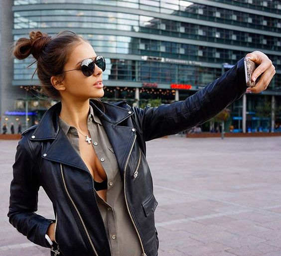 A great day for sightseeing in Helsinki. Paparazzi caught me while i was taking a selfie #vikiodintcova  #MAVRIN  #MAVRINmodels ph @a_mavrin #helsinki