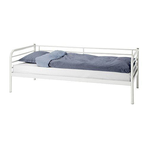 daybed i really want drawers for storage under it but for. Black Bedroom Furniture Sets. Home Design Ideas