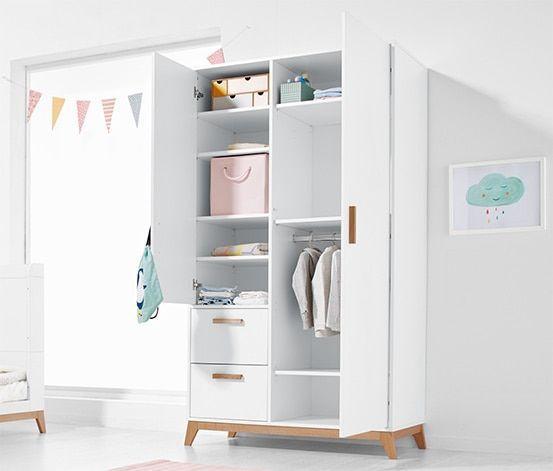 Mit Diesem Kleiderschrank Aus Unserer Nordic Kinderserie Kommt Jede Menge Stauraum In Das Baby Oder Kinderz In 2020 Kleiderschrank Kinderzimmer Schrank Kleiderschrank