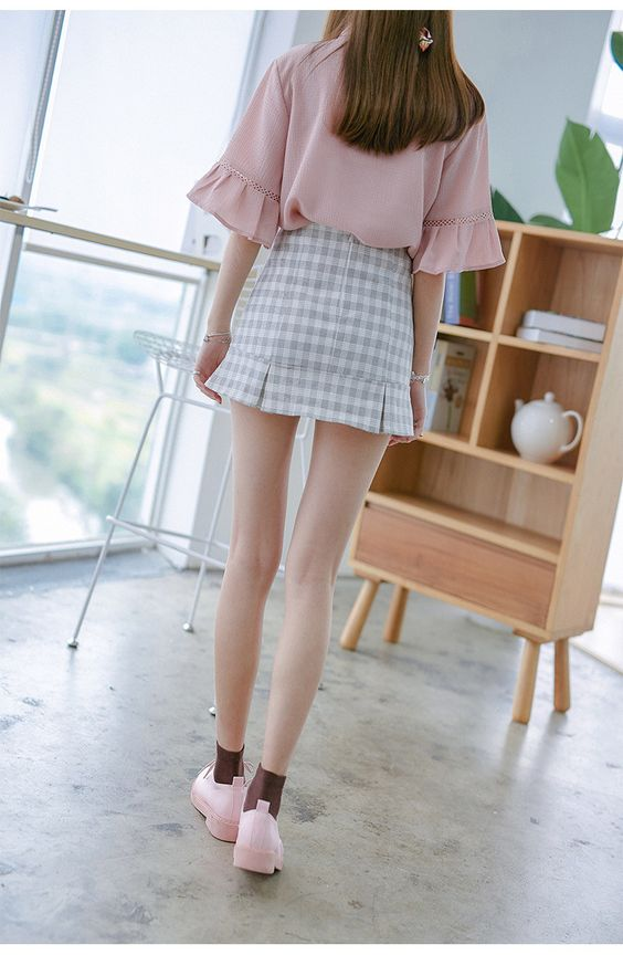Korean fashion plaid flounced skirts: