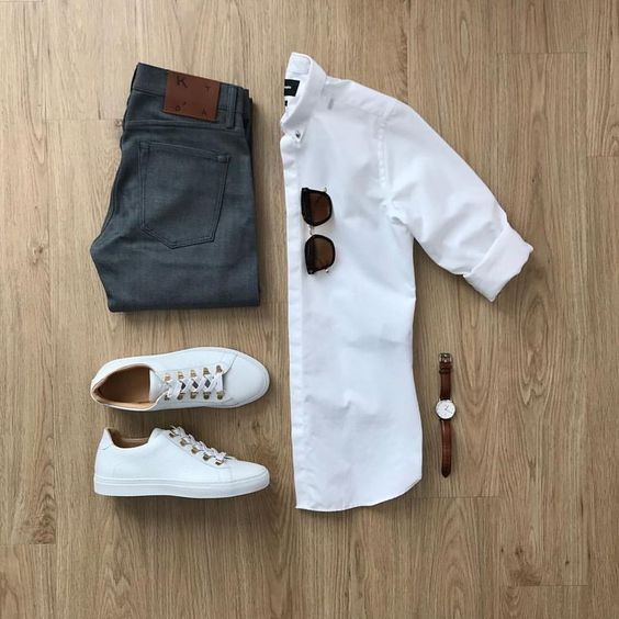Currently Trending🔥 White shirt with white sneaker classy watch