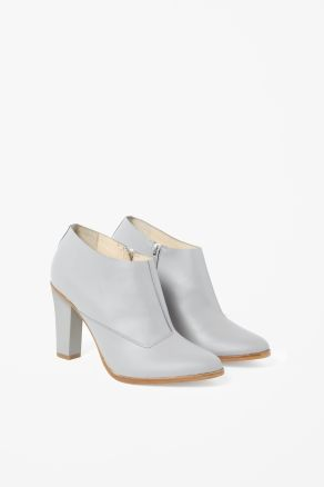 Matte ankle boots