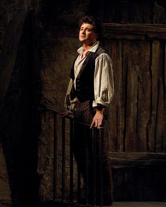 http://media.vogue.com/files/Chatting+with+Italian+tenor+Vittorio+grigolo+about+Puccini's+great+opera+La+Bohème,+Pavarotti,+and+Caravaggio