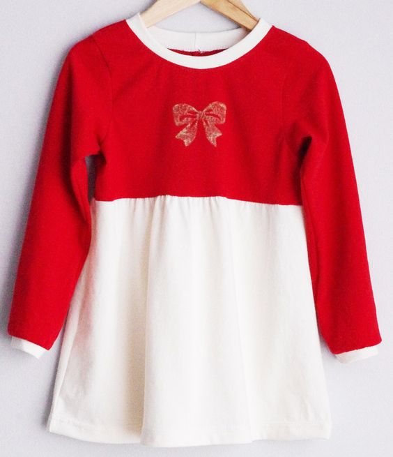Le chouchou de ma boutique https://www.etsy.com/ca/listing/257517164/red-upcycled-and-organic-cotton-long