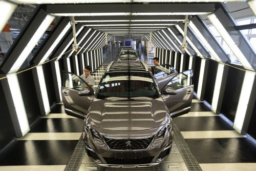 Uber-Konkurrenz - Peugeot Citroën plant eigene Fahrdienst-App - http://ift.tt/2cspvrC