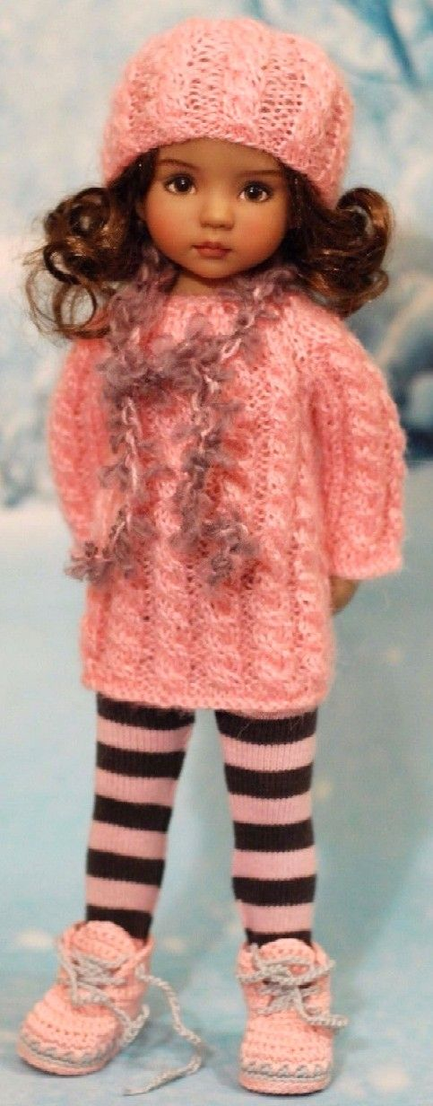 Looks like the outfits my mom used to make...especially the hat.