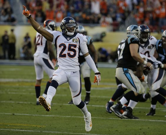 Chris Harris Jr. Says Denver Coaches Had To Tell Him To Stop Picking Off Tim Tebow During His First NFL Training Camp