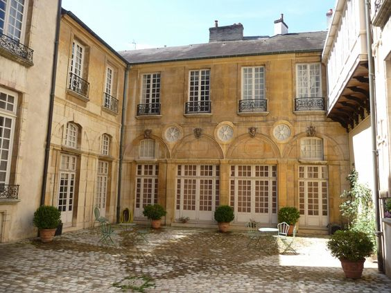Hôtel Lantin - Musée Magnin .Dijon. Côte-d'Or