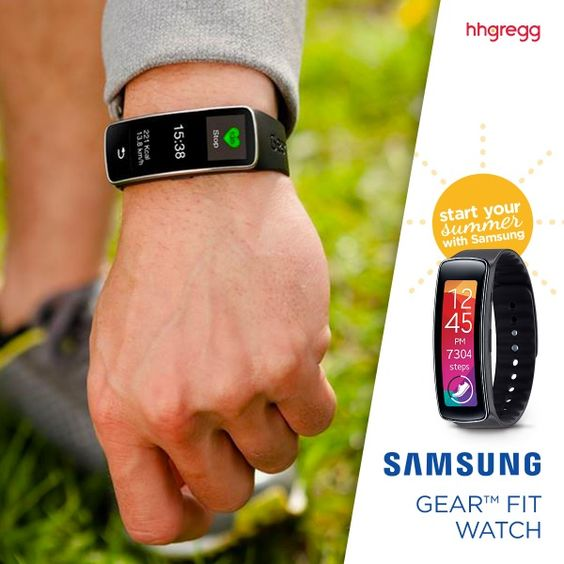 Samsung Gear Fit Watch from hhgregg - Such a great Father's Day gift idea!  #SamsungSummer #spon