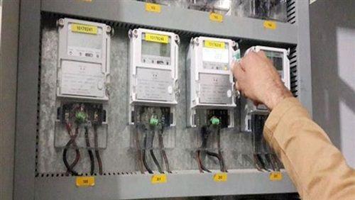 ضبط حوالي 76 قضية كهرباء قيمتها 49 5 مليون جنيه Electronic Products Power Power Strip