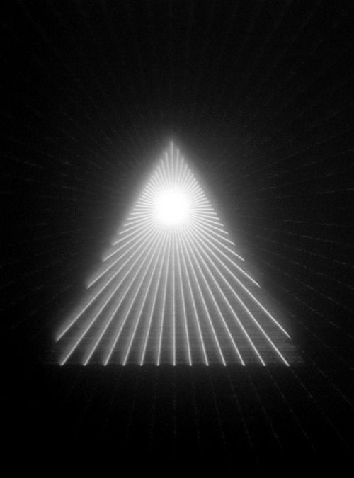 Tright: Art Photography, B W Photos, Inspiration Triangle, Harmonic Light, Graphic Inspiration