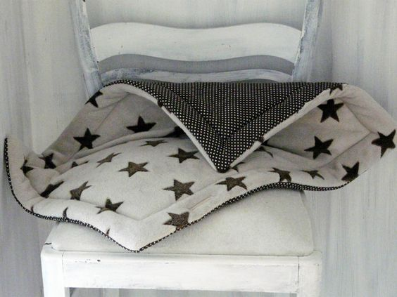 Katze: Schlafplätze - ♥EXPRESS Stern - Katzendecke♥ - ein Designerstück von Siebenschoens-Traeume bei DaWanda