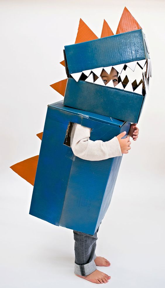 Fun and easy dragon DIY costume for kids - just right for Halloween or a fancy dress party!