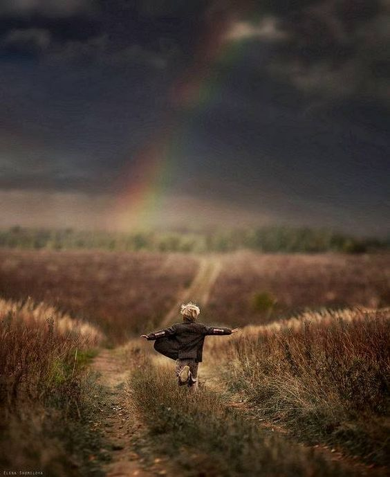 https://andersmensch.wordpress.com/2016/11/11/kinder-brauchen-keine-regeln/ Kinder brauchen keine Regeln