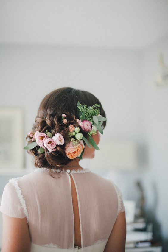 A beautiful floral crown for your rustic wedding.