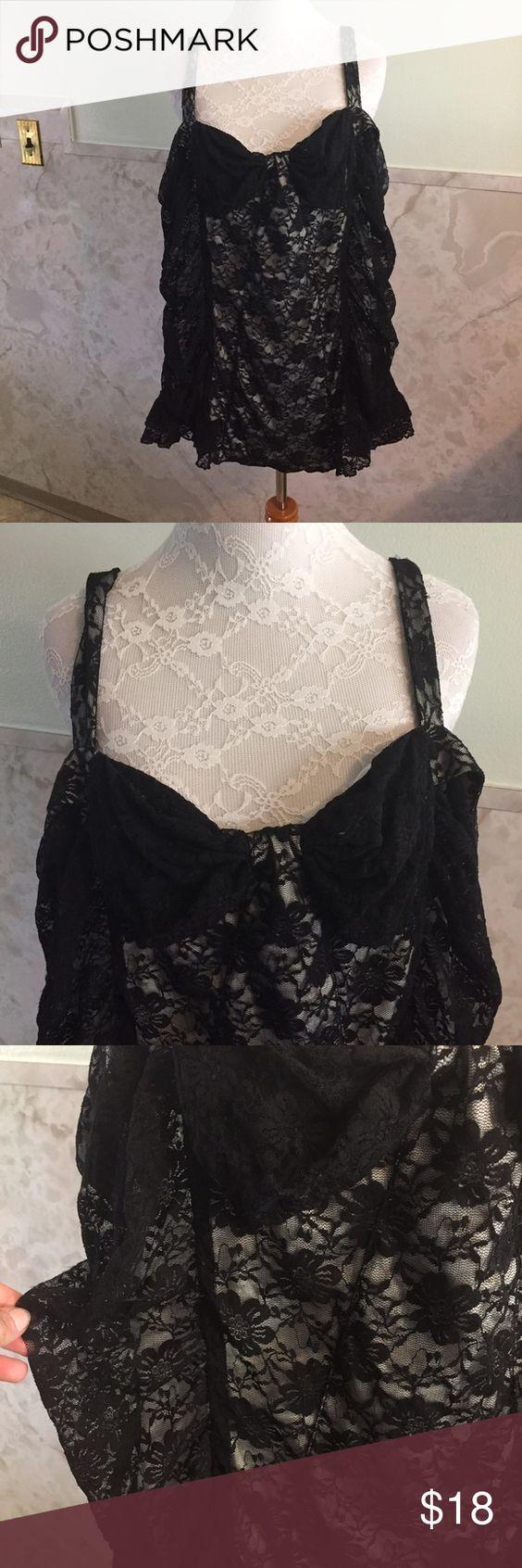 Torrid Zip Up Corset Style Lace Top   Encaje, Negro y Corsés