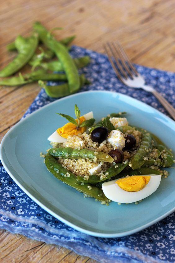 Cinco Quartos de Laranja: Salada de ervilhas de quebrar com quinoa e queijo feta