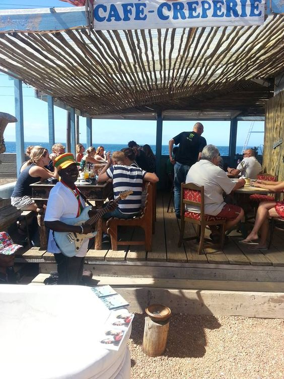 shops and restaurants in St James and Kalk Bay