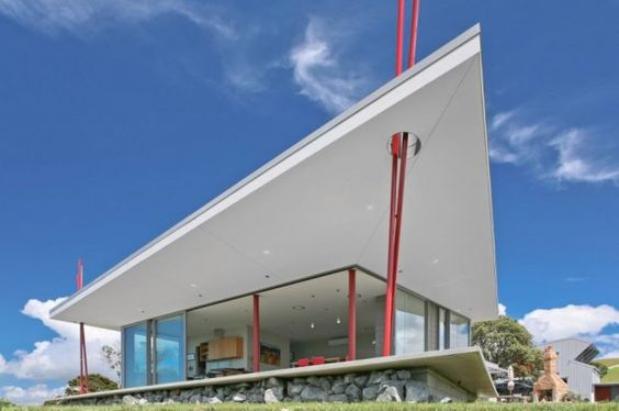 Contemporary Summer House by Pacific Environments