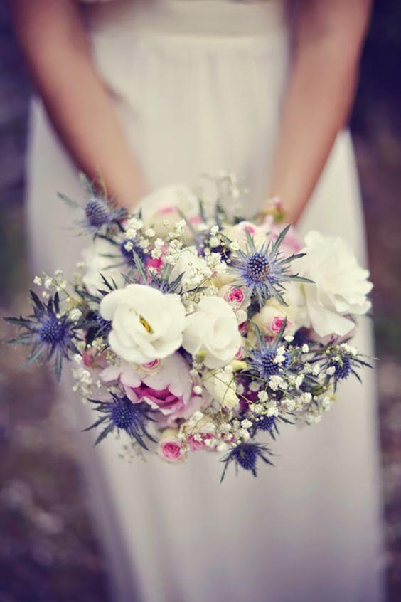 1000 id es sur le th me fleurs de pompons sur pinterest pom poms guirlande - Creer un bouquet de fleur ...