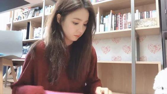 Những khoảnh khắc đáng yêu, giản dị và đầy bình yên của Shin se Kyung
