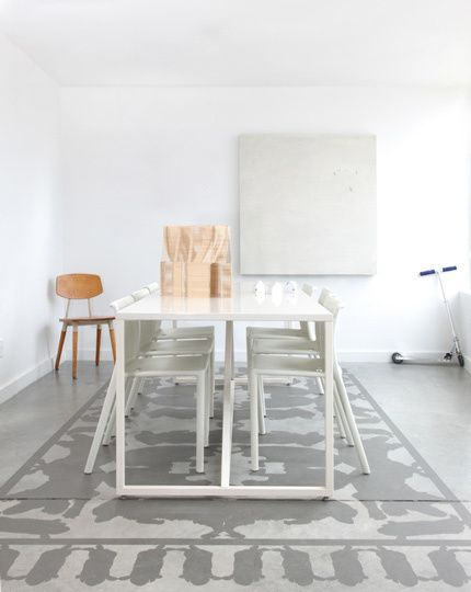 Méchant Design: painted rug on concrete