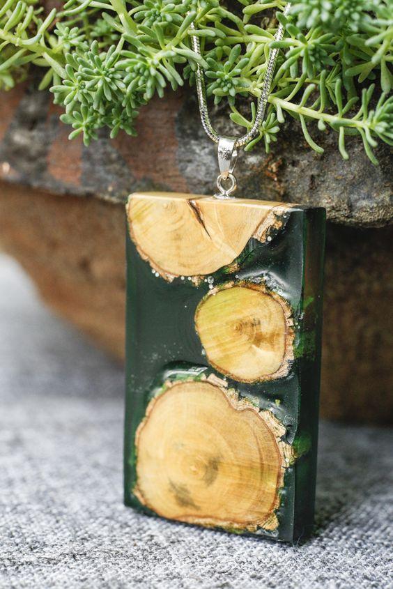 wood necklace handmade DIY.黄杨木,树脂。手作项链。