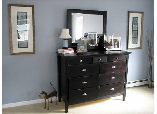 Bedroom Dresser Decorating Ideas Elegant Pewter Sage Dresser Decor In Master Bedroom Dekor Kamar Tidur Utama Mebel