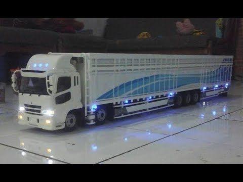 Wow 30 Gambar Mobil Kontainer Kartun Kaleeem Tronton Panjang Truck Miniatur Remote Control Download Gambar Animasi Mobil Ambulance Med Mobil Kartun Gambar