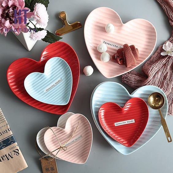 Creative Love Heart Dish Snack Dish Tray Breakfast Cake and Dessert Plate Saucer Ceramic Tableware Kitchen Dishware H