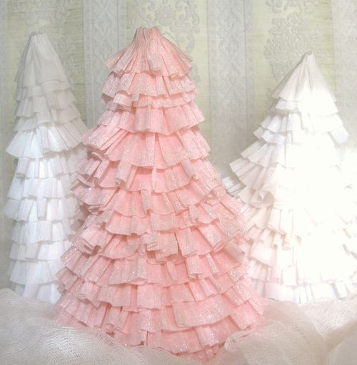 Crepe paper tree tutorial by creative chaos crepe paper for Creative tissue paper ideas