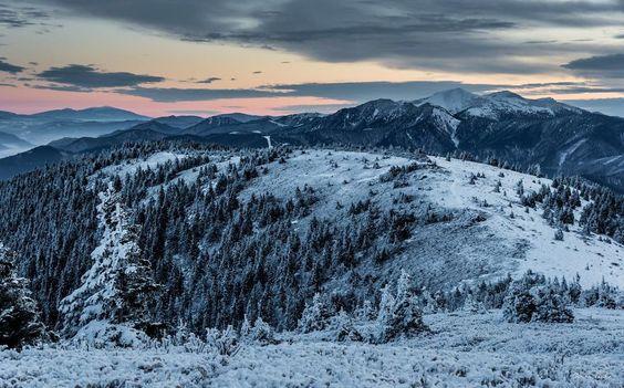 Casal de Fotógrafos registra fotos deslumbrantes nas montanhas