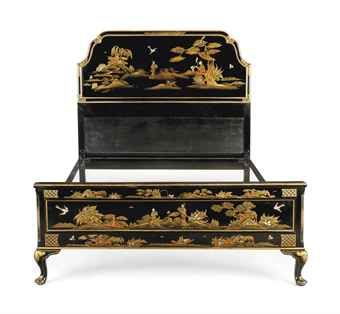 A QUEEN ANNE STYLE BLACK AND GILT JAPANNED BED. Early 20th century. 51¼ in. (130 cm.) high; 54½ in. (138 cm.) wide; 79½ in. (202 cm.) long