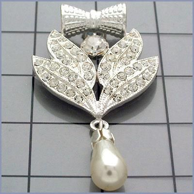 CRYSTAL PEARL GOLD OR SILVER ORNAMENT