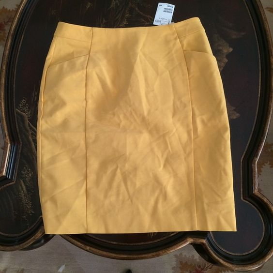 h m pencil skirt size 8nwt pencil skirts pencil and