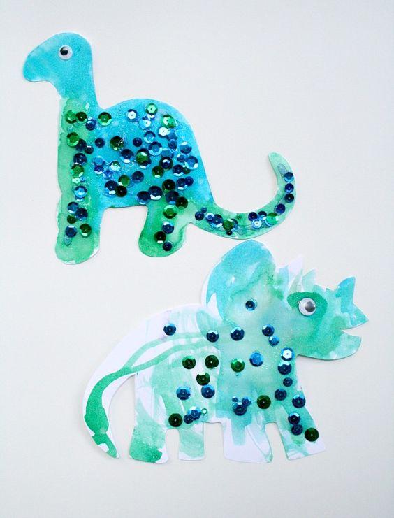 Easy Toddler Dinosaur Craft