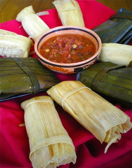 Tamales De Pollo Y Salsa Verde Chicken Tamales And Green Sauce Wrapped In Corn Husk With Images Mexican Food Recipes Mexican Food Recipes Authentic Real Mexican Food