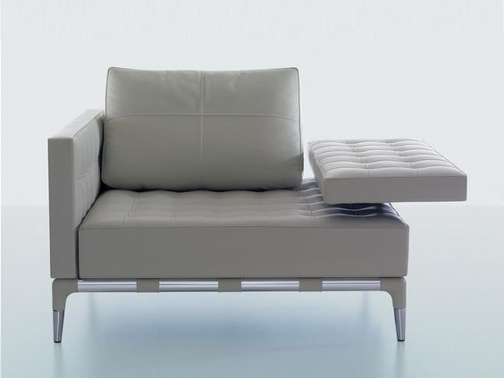 Privé is a collection of stylish seating offering great comfort for a variety of purposes.