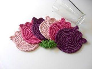 Tulip crochet coasters: