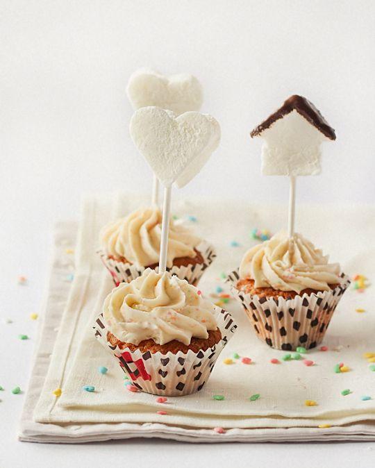 Cupcakes de maracuyá con malvavisco Toppers