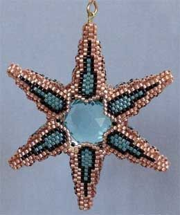 dimensional star beadwork | Found on beadpatterns-paulaadams.com