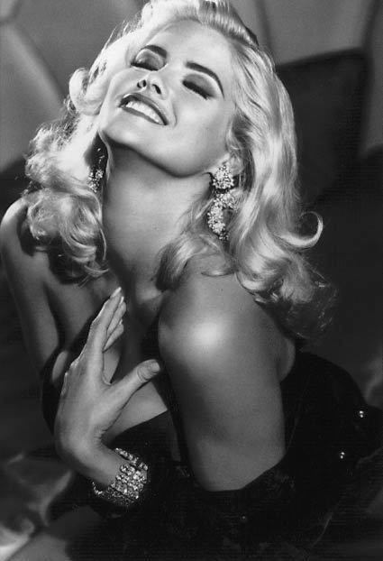 Anna Nicole Smith. Guess. Black & White. Photography.
