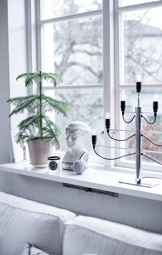 Deko Windowsill Ideas Schone Schone Fensterbank Dekoration Ideen Fabelhaft In 2020 Fenster Dekor House Of Philia Weihnachtsfenster