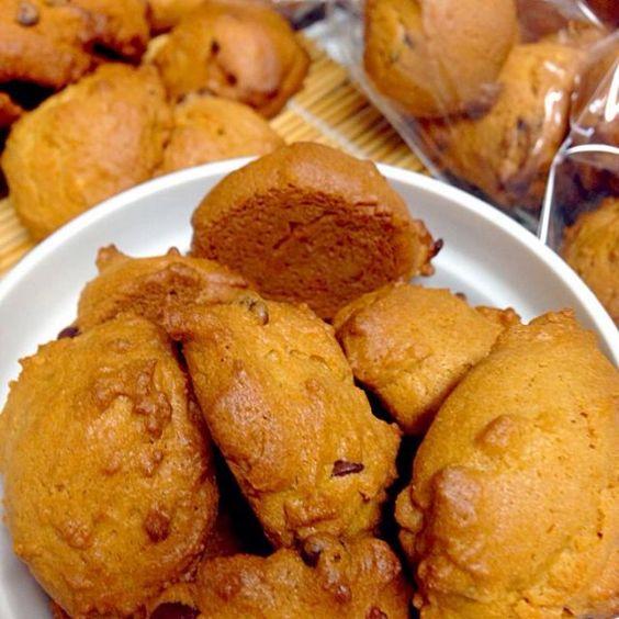 冷蔵庫の掃除も兼ねて、習い事おやつにもりもり作ったよ〜 - 20件のもぐもぐ - チョコチップ入りピーナッツバタークッキー by bicke34